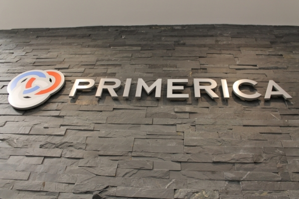 Brushed aluminium 3D color logo Primerica