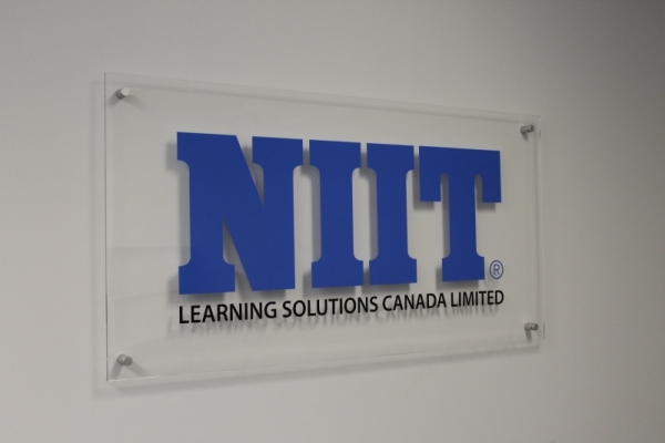 Acrylic reception sign NIIT