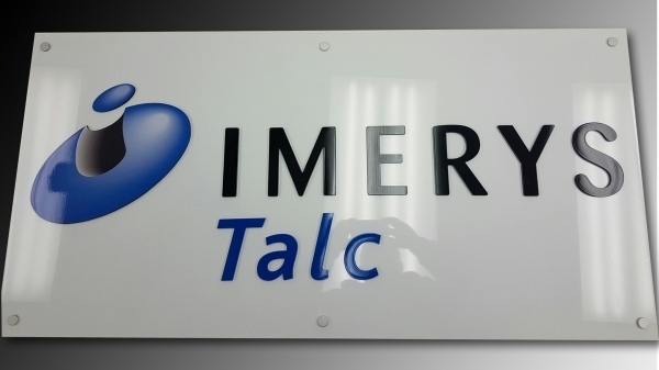 Reception sign of combination of raised aluminium logo