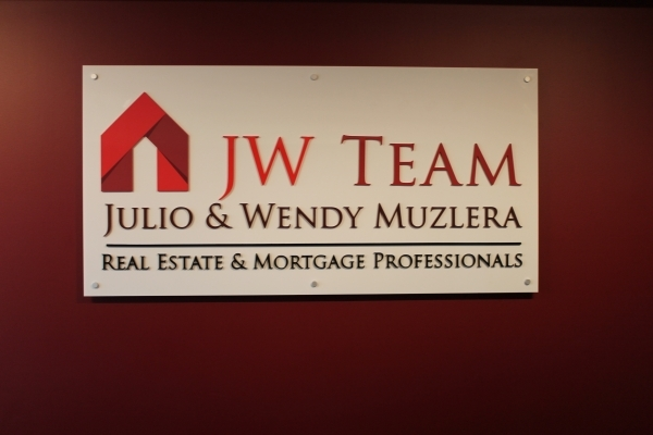 Reception sign with combination of 3D logo JW