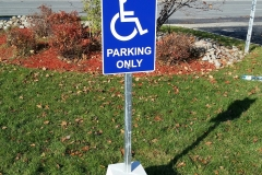Freestanding aluminium parking sign