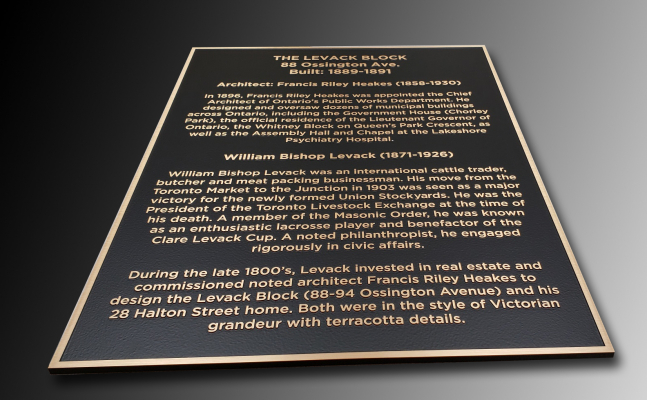Solid-bronze-plaque-with-raised-text-and-border-Z